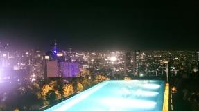 Skye bar in Jakarta an Heiligabend